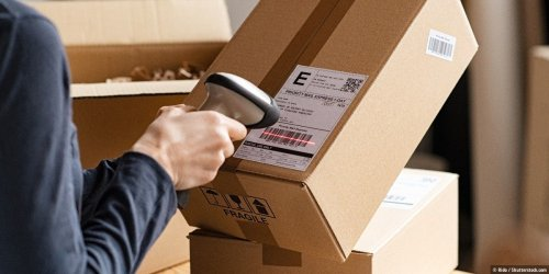 DHL & Co.: Alle Paket-Sendungen in einer App