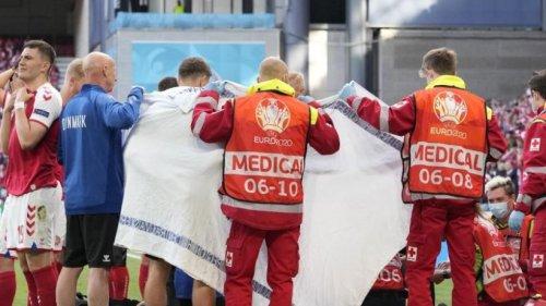 Spielabbruch in Dänemark - Fußballprofi kollabiert
