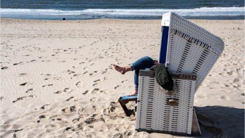 Sylt: Fahranfänger fährt mit Tesla zum Strand