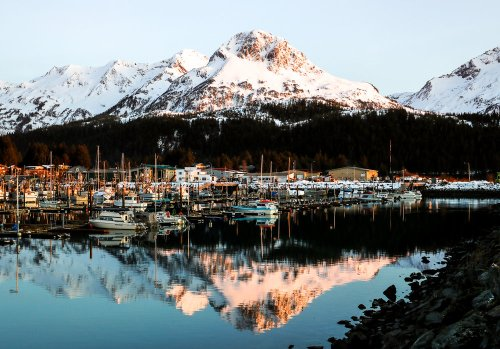 Katherine Cart: Living remote in the lost waters of Alaska - Pellicola Magazine