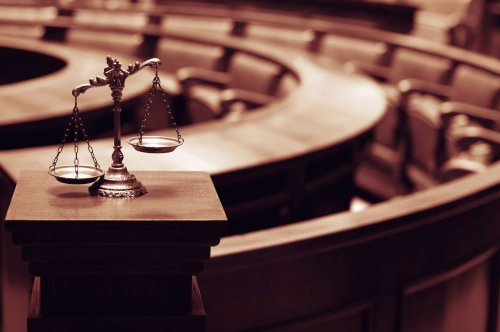 Man kills himself in federal courtroom following jury verdict