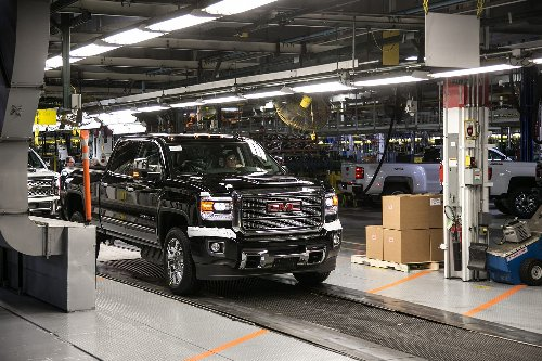 As GM struggles to hire temps, union boss says it would help to drop drug test