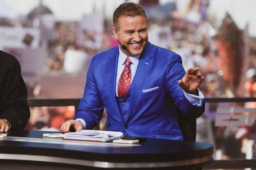 """Shore Reads: Kirk Herbstreit's """"Out of the Pocket"""" a brutally honest autobio by college football's top analyst 