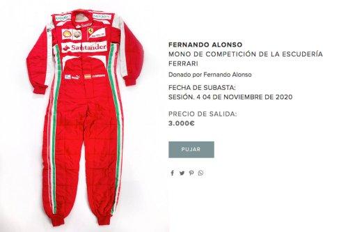 A subasta el mono de Ferrari de Fernando Alonso