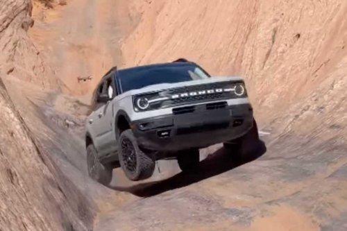 Vídeo: el Ford Bronco Sport sube esta pared casi sin complicación alguna