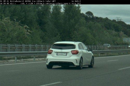 Un radar caza a este Mercedes-AMG A 45 a 231 km/h en Gerona