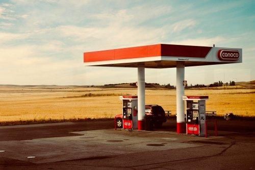 15 trucos para ahorrar combustible y dinero con tu coche