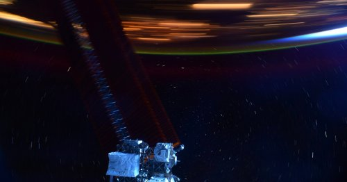 Photo Taken From The ISS Visualizes How Fast The Space Station Moves