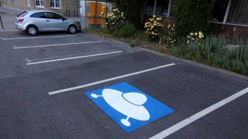 Ein Rathaus-Parkplatz für ein UFO?