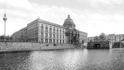 River Bath – The Urban Retreat in Berlin Mitte.