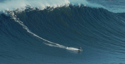 Surfer: Mastering Turbulence