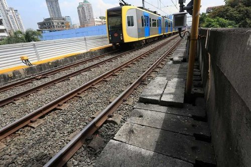 LRT-1 announces weekend shutdowns until end-April
