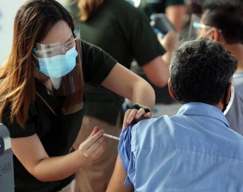 Philippines sees 6,637 more coronavirus infections