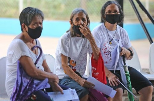 Duterte approves one-time financial assistance for pensioners