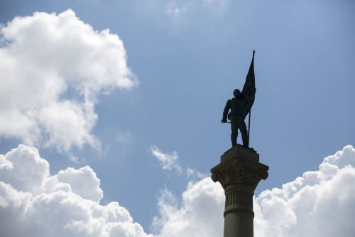 Norfolk sues in federal court, seeking right to move Confederate monument