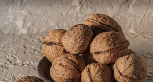 EXCLUSIVE: 3 SIMPLE walnut based snacks to whip up within minutes at home