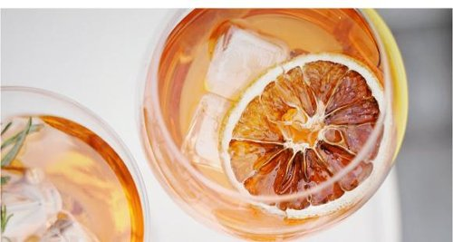 5 Low calorie Summer drinks to quench your thirst and hydrate your body this Summer