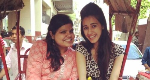 Throwback: Disha Patani going on a cycle rickshaw ride with her bestie in THIS photo is a priceless memory