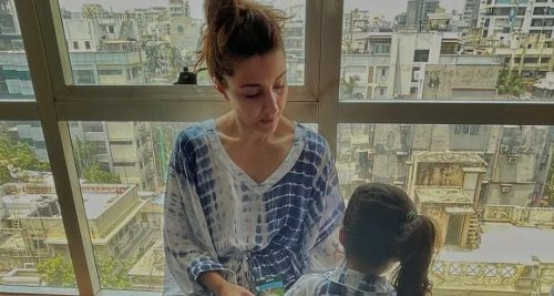After Kareena called Taimur 'Picasso', Soha calls Inaaya's painting a 'Monet'; Gives it a Tom Cruise quote