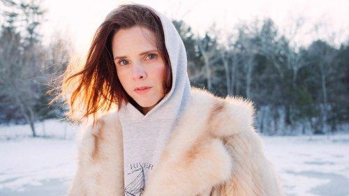 Cassandra Jenkins' Hypnotic Folk Music Turns Everyday Moments Into Monuments