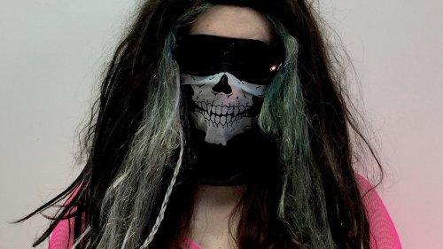 Gavilán Rayna Russom Announces New Black Meteoric Star Album
