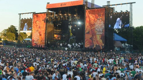 Lollapalooza 2021 Tickets Offered as Vaccine Incentives in Chicago