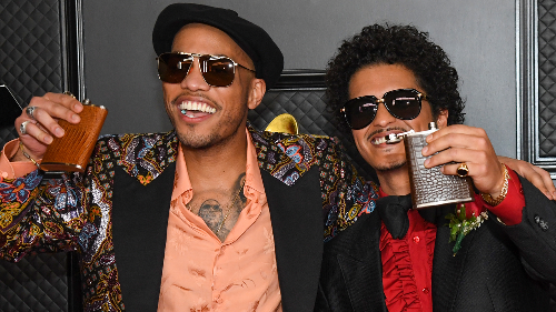 "Watch Bruno Mars and Anderson .Paak (Silk Sonic) Perform ""Leave the Door Open"" at Grammys 2021"