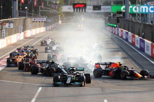 Mercedes explains Hamilton's restart nightmare