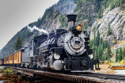 5 Scenic Winter Train Trips in the US
