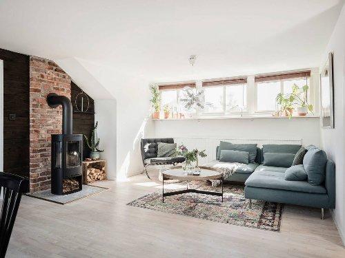 Un lumineux appartement avec jardin et poêle à bois - PLANETE DECO a homes world