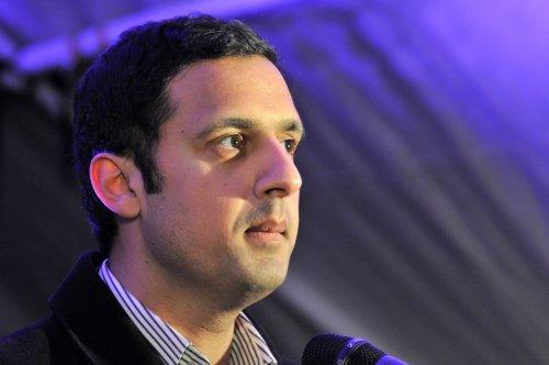 Sarwar says Hollyrood should be recalled over pandemic crisis