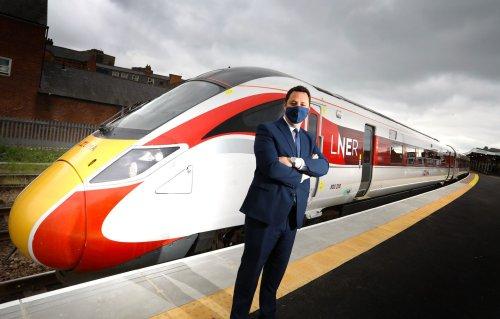 Mayor welcomes Azuma training after Middlesbrough station upgrade