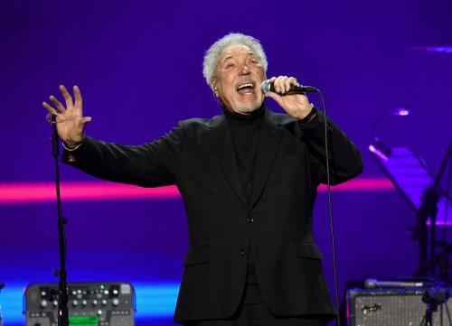 Tom Jones releases brand-new track 'Pop Star'