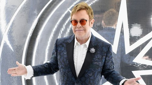 Elton John is inviting fans to his virtual Oscars party