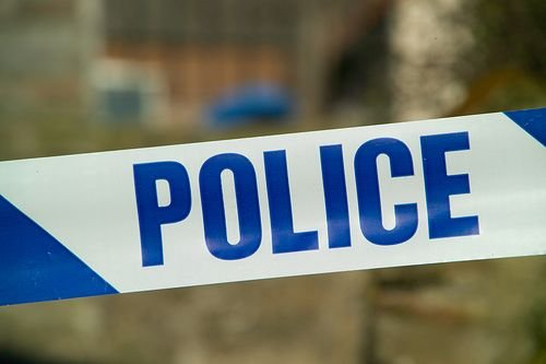 Police appeal afer late-night Dumbarton knife attack