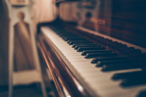Buckinghamshire man's piano session raises over £1,200