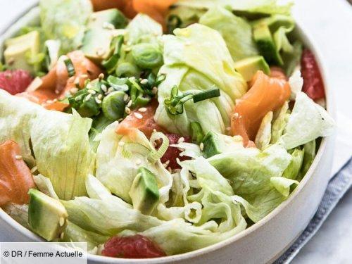 Salade iceberg, saumon, pamplemousse, oignons nouveaux et vinaigrette citron-curry : découvrez les recettes de cuisine de Femme Actuelle Le MAG
