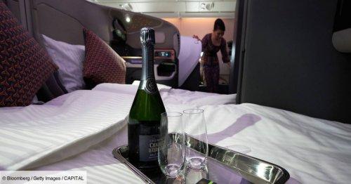 """Qu'est-ce que les sièges """"première classe secrets"""" proposés par de plus en plus de compagnies aériennes ?"""