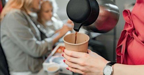 Vous devriez probablement y réfléchir à deux fois avant de commander du thé ou du café dans un avion