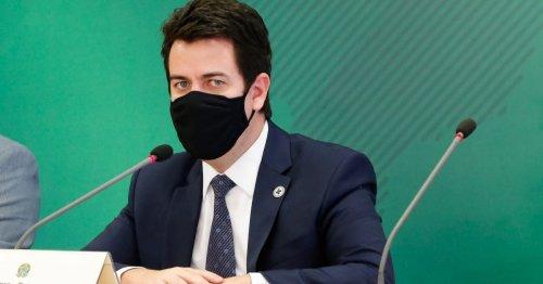 Fiocruz recebe IFA para 18 milhões de doses ainda em maio, diz governo