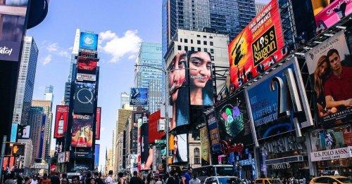 Nova York dispensa uso de máscara entre imunizados
