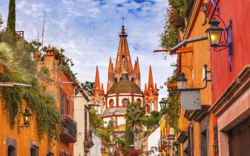 SAN MIGUEL DE ALLENDE, MEXICO - #1 BEST SMALL CITY IN THE WORLD!