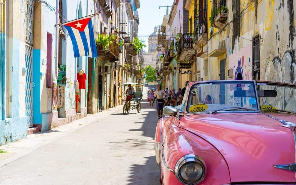 Cuban Drinks & Cigars