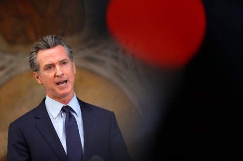 Poll: Opposition to Newsom recall grows and Jenner fails to break through