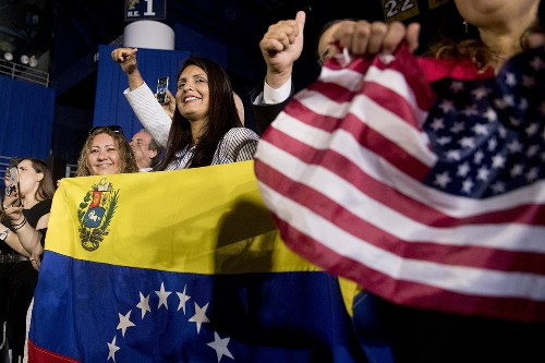 Trump grants Venezuelans temporary legal status on his way out