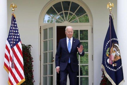 Biden kills Trump's sculpture garden of 'American heroes'