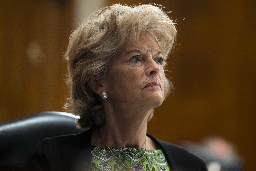 'No way': Murkowski rules out switching parties