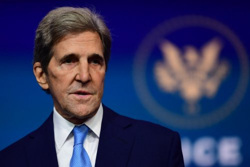 U.S., China agree to cooperate on climate crisis with urgency