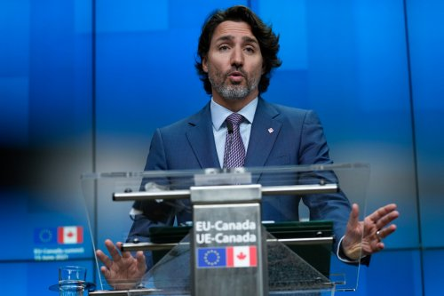 Trudeau says he's hopeful but 'no guarantee,' as Delta variant hangs over Canada-U.S. border decision
