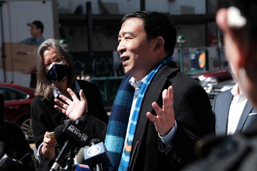 Yang poised to win backing of most of the city's powerful Orthodox leaders
